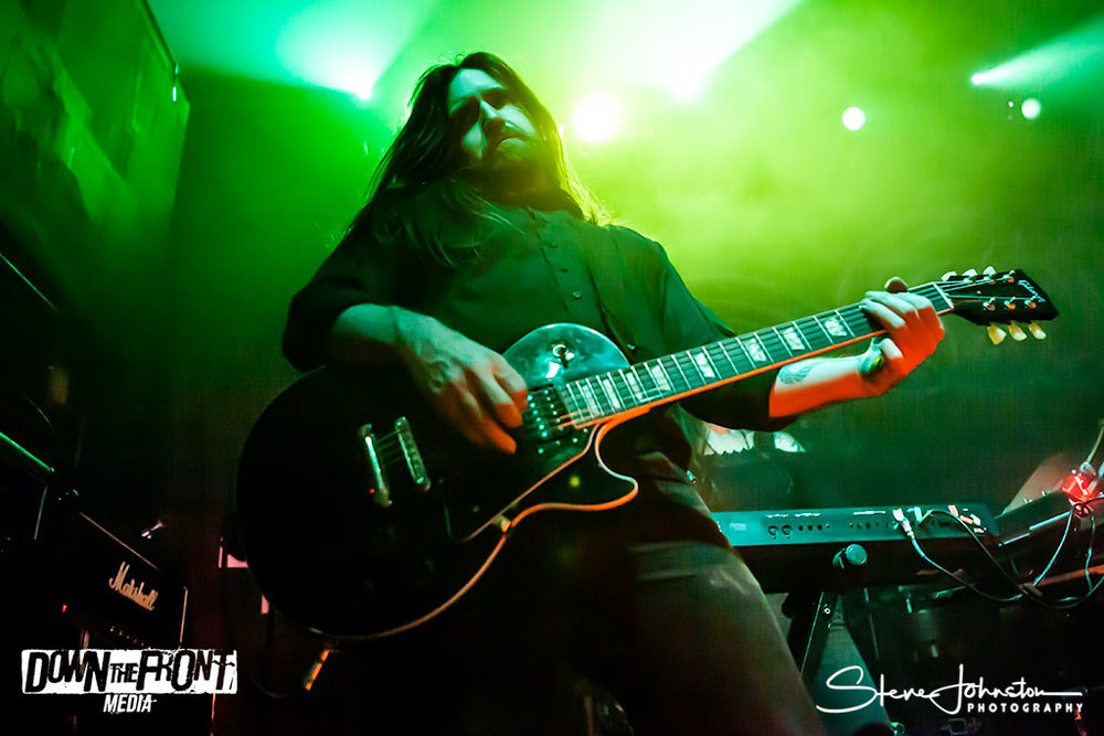 Wolves In The Throne Roomwittr_007.jpg