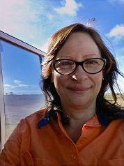 Dr Catherine Spaggiari, PhD in Geoscience from Monash University, Melbourne
