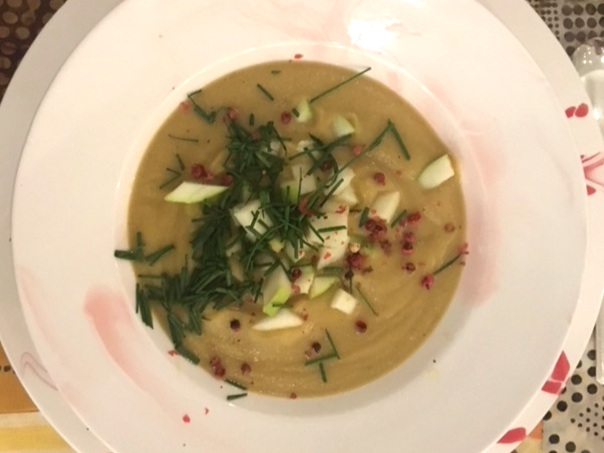 CURRIED CAULIFLOWER AND APPLE SOUP with Holiday Garnish -