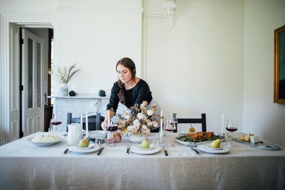 thanksgiving-table-settings.jpg