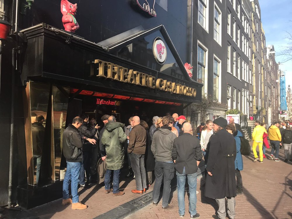 BLOODY MARIE IN THE CASA ROSSO - To thank the neigbourhood for their patience and understanding during the shooting of Bloody Marie, we invited them to watch the film in a very special location; the theater Casa Rosso, located in the heart of the Red Light District!