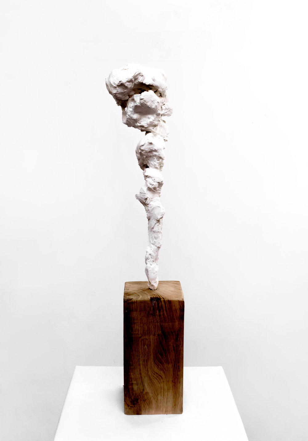Small Totem White No.3 , 2018  Painted bronze and oak wood, 83 x 12 x 12 cm