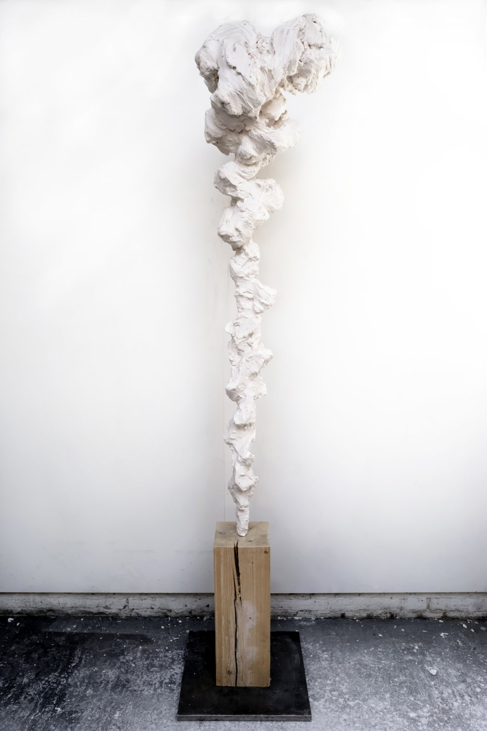 Cloud Totem No.1 , 2018 Painted bronze and oak wood, 260 x 34 x 34 cm