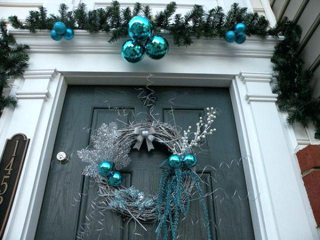 blue-and-silver-christmas-decorations-blue-silver-christmas-tree-ornaments.jpg