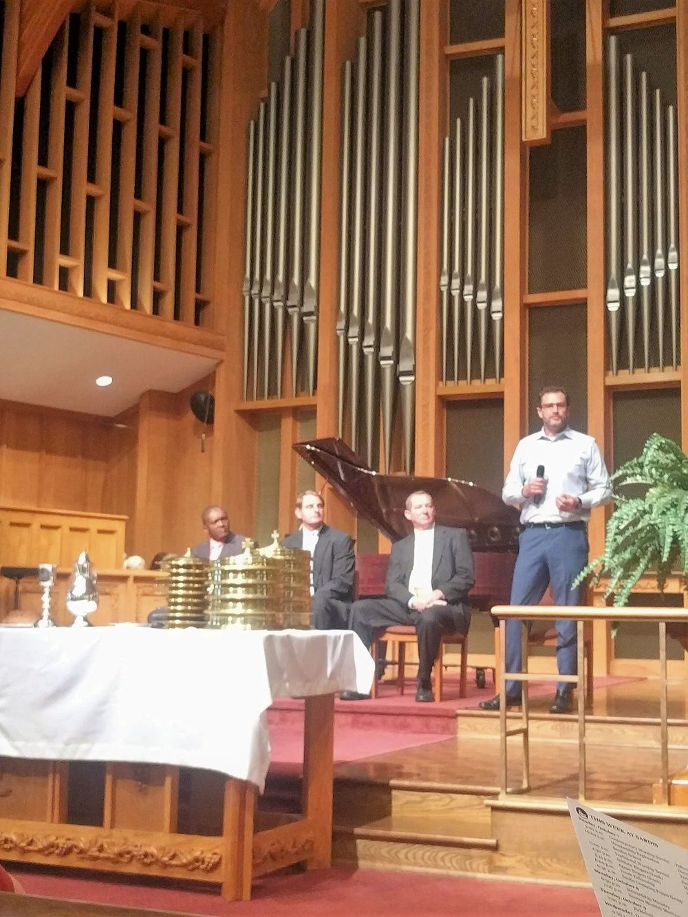 Nick King (EWB-SFP) and other key members of OFCB Ministries and Friends of OFCB describe the proposed Bridges of Bayonnais project to congregation members at Sardis Presbyterian Church in Charlotte, NC.