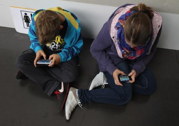 teen-screen-time.jpg