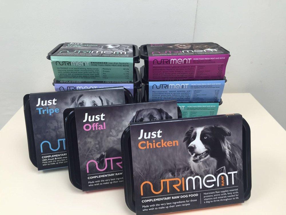 Nutriment dog food