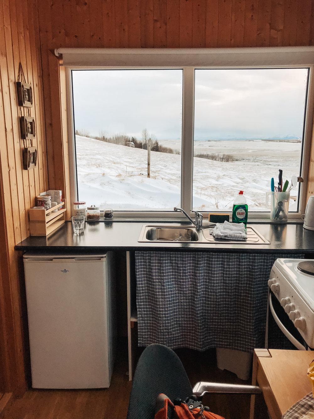 iceland-airbnb-kitchen.jpg