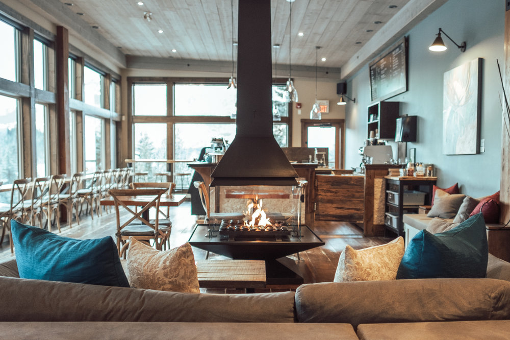 The bistro at Scandinave Spa