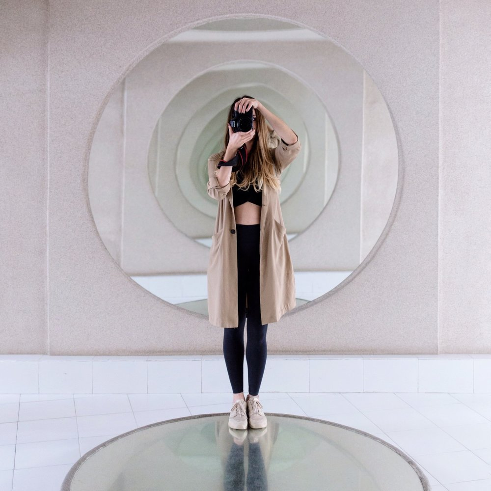 - Photographer based in the Canary Islands, forever travelling, capturing the beauty in her way. Trained as an architect, she has always had an eye for geometry and design, which can be appreciated in her minimalist aesthetic.