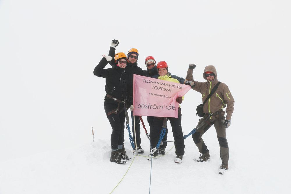 På toppen av Kebnekaise - Tillsammans besteg vi Kebnekaise - Sveriges högsta berg.
