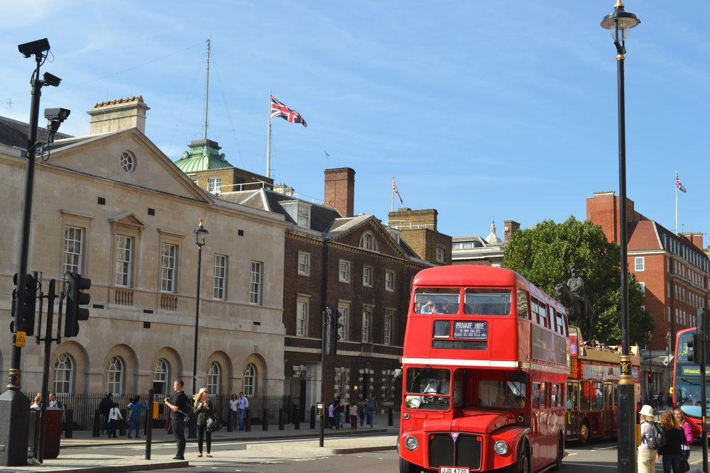 Studieresa till London - Åker höghöjdsbana och går på museum.