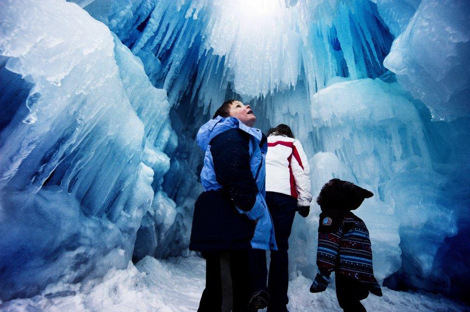 Ice-Castle-Michael-Ciaglo-Gazette.jpg