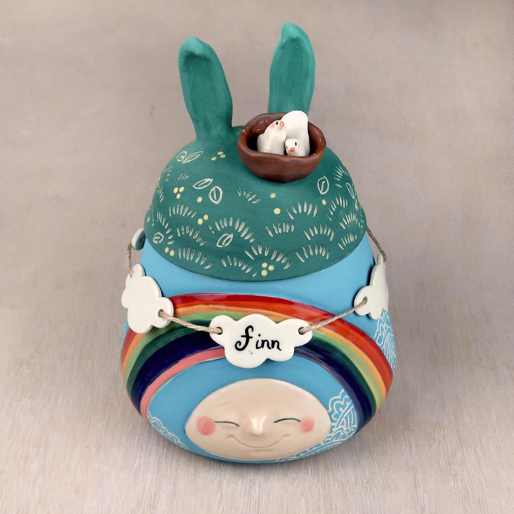 Finn's urn.jpg