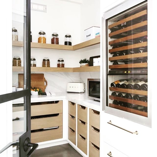 📷@brookewagnerdesign How cool is this butler's pantry? Nice and organised and love how they have built the wine fridge into a tower 🤗👌 #kitchendesigner #kitchenremodel #kitchenreno #butlerspantry #scullery #goldcoastdesigner #instagood #instadaily #photooftheday #like4like #interiordesign #interiorspace #homedecor #interiorinspiration #dreamhome #designerkitchen #myspace #interiordesign #kitchendecor #kitchensofinsta #kitchensofinstagram #picoftheday #dreamkitchen #modernkitchen #modernhome #dreamhome #interiorlovers #thomasbernardconcepts
