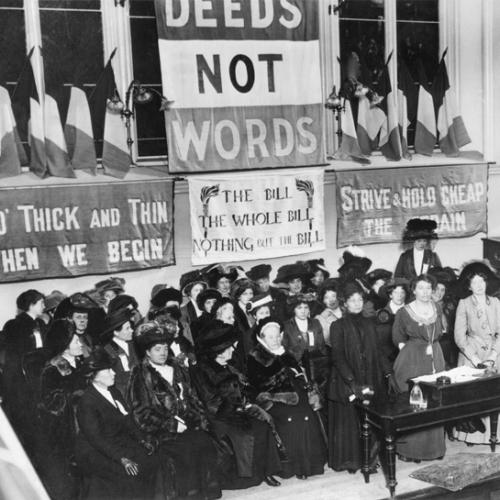 Suffragettes,_England,_1908.jpg