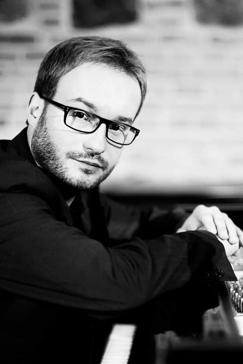 Tomasz Pawłowski - Pianist