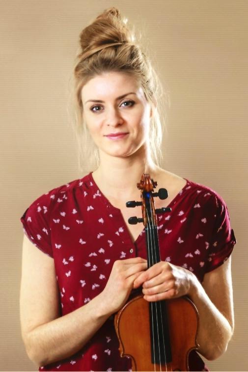 Julia Pawłowska - Violinist