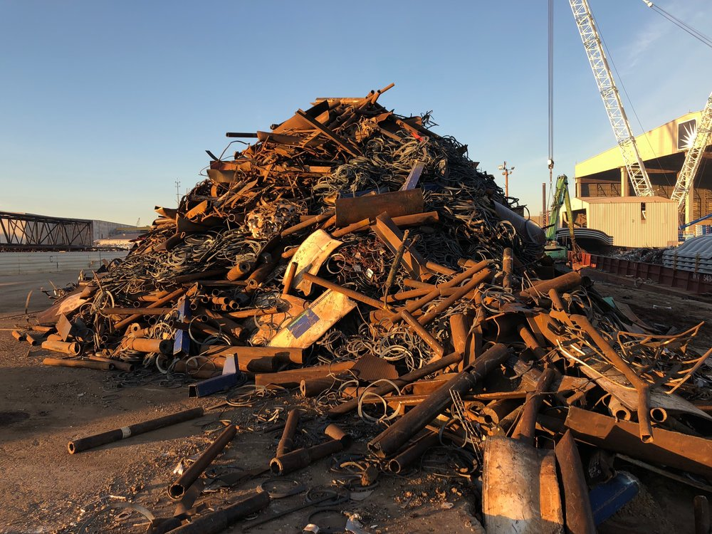Buyers - We have the best buyers and a personal relationship with all of the steel mills, so you can be assured you are getting top dollar for your scrap.