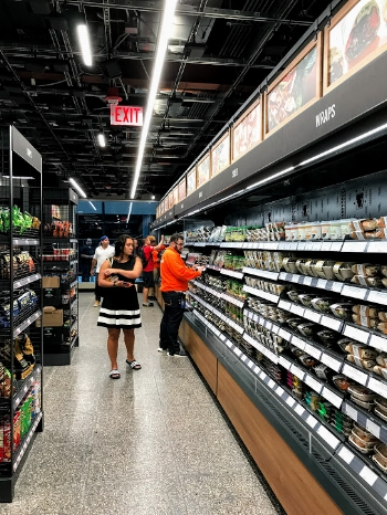 A look inside Amazon Go Chicago