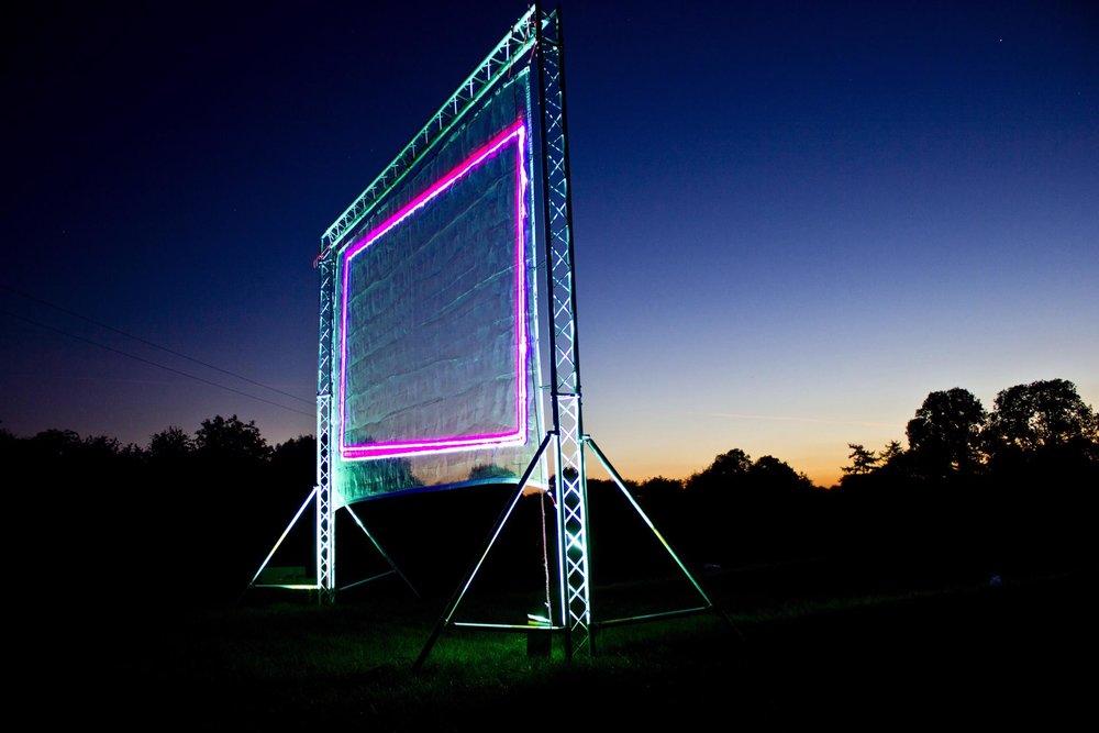 5m-high-laser-screen_23811948183_o-1920x1280.jpg