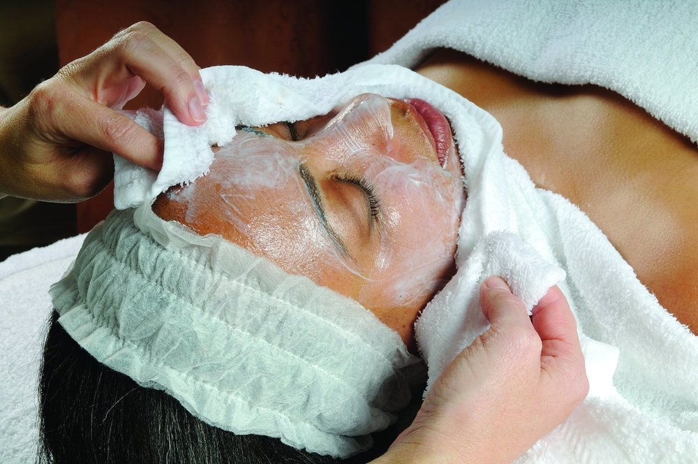 DO let your esthetician know of any facial treatments you have received in the last 30 days and if you are using any prescription medications.       DO remove all of your jewelry before your service.      DO stay out of the sun.      DO follow up with a good skin care regimen at home.       DON'T hesitate to notify your esthetician about any discomfort during your service.      DON'T use at-home peels or Retin A/Renova for at least 72 hours before or after a facial.      DON'T pick at your skin. Your esthetician extracted blackheads and pimples and might have even left a couple of blemishes behind because they weren't close enough to the surface.      DON'T schedule a massage after a facial; instead, have a massage before your facial as to not rub off any product that was just applied.