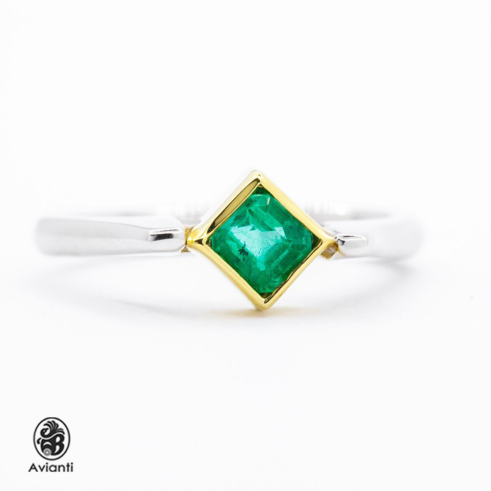 Avianti - Vintage Women s Ring. 14K Yellow And White Gold. Emerald Cut  Emerald. f21d220fe