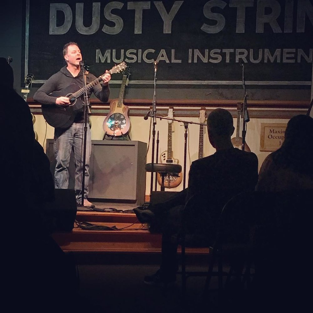 Dusty Strings, Seattle
