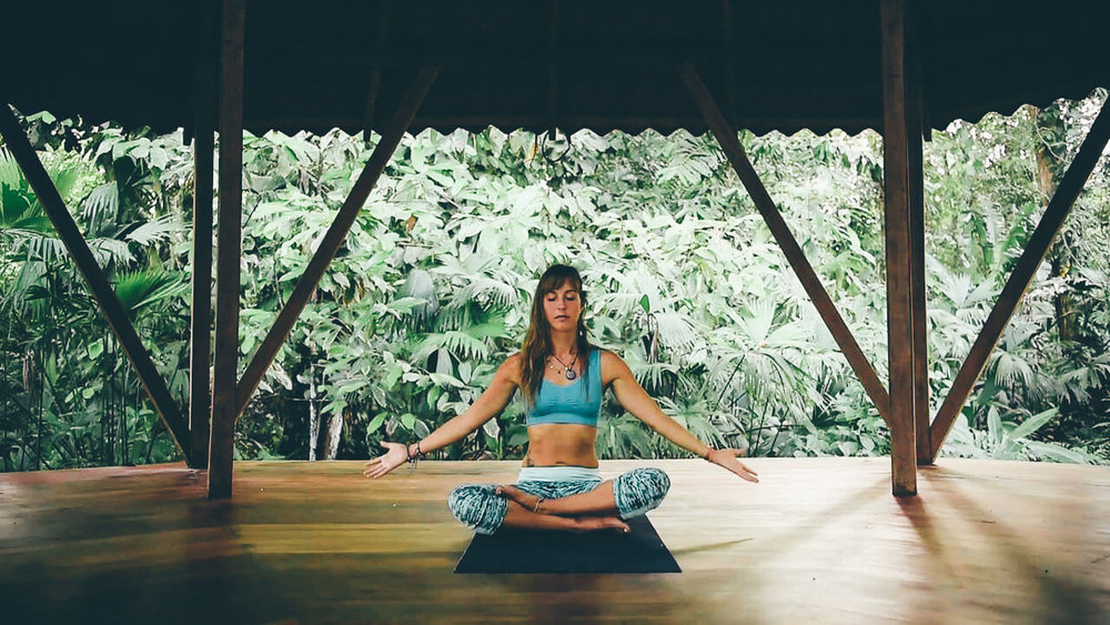 yoga-punta-mona-meditate.jpg