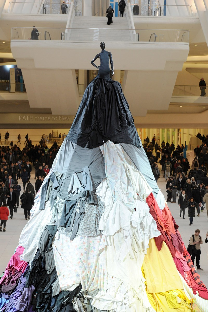 - Passersby were encouraged, to donate their clothing at the base of the dress, growing the installation throughout the pop-up campaign.