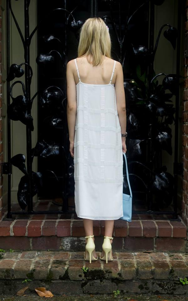 Summer Whites, Liz Best, Liz-Best, ASOS Dress, Nasty Gal Shoes, Vintage Moschino Bag, Eugenia Kim Headband