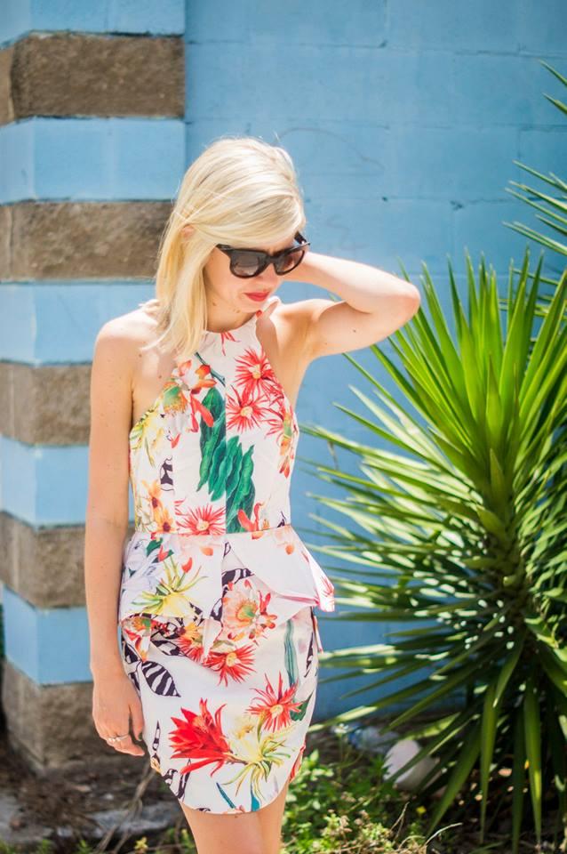 Tropical Brights, Liz Best, Liz-Best, Delaney Photography, pixie market floral peplum dress, green pumps, cat-eye sunglasses