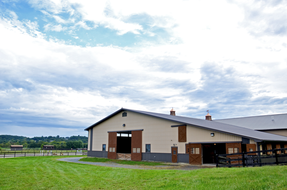 large barn side view.png