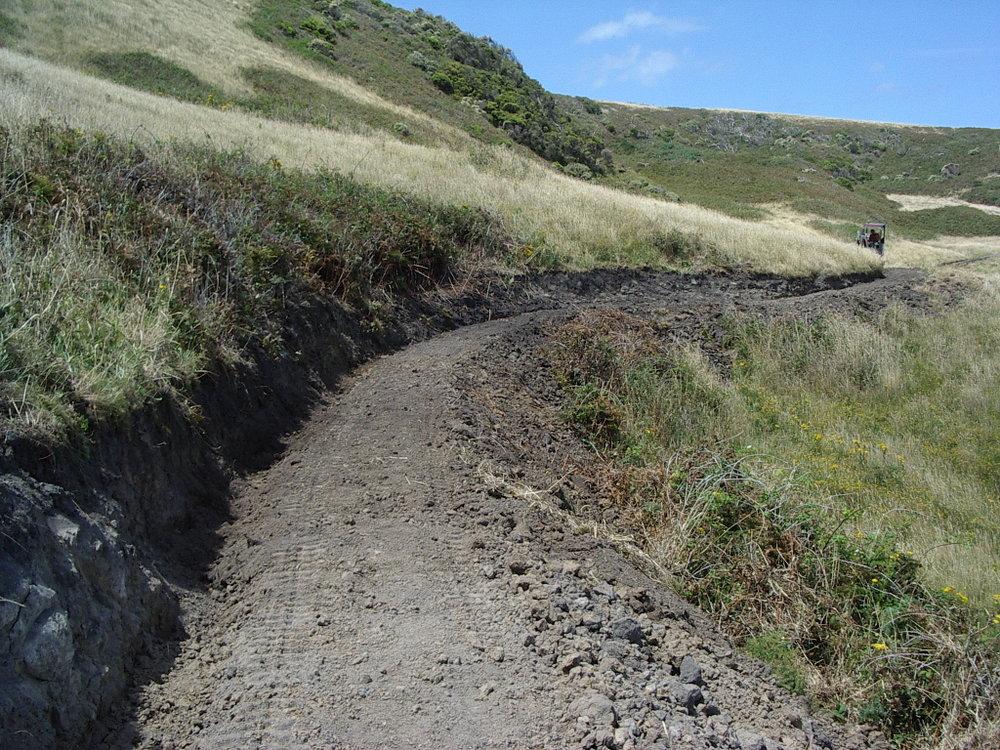 Excavator Benching