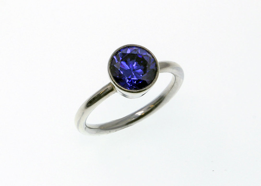 London-Jewellery-School-Silver-Jewellery-Intensive-Diploma-Student-Final-Pieces-Sterling-Silver-Tapered-Collet-Ring-with-Synthetic-Blue-Stone-01-web-optimised.jpg