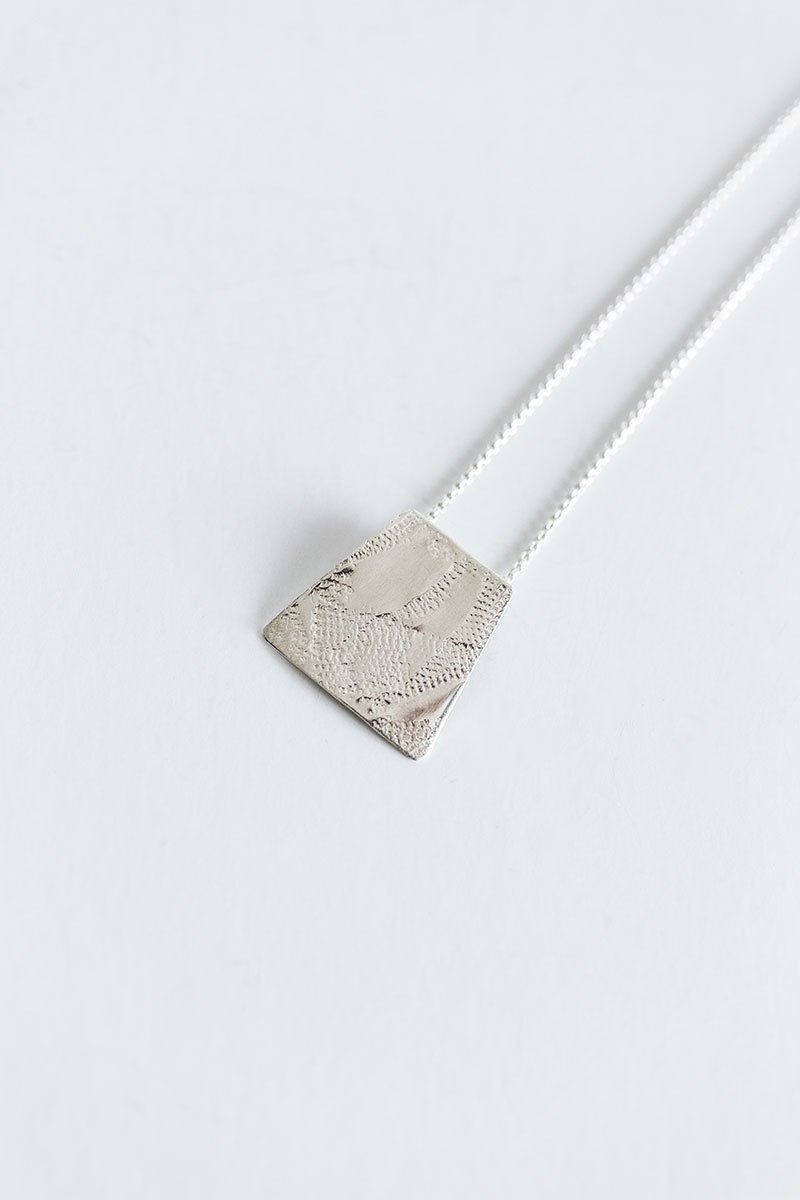 Through-the-Window-Necklace-by-Jill-Alexander-Contemporary-Jewellery-11-800_2048x.jpg