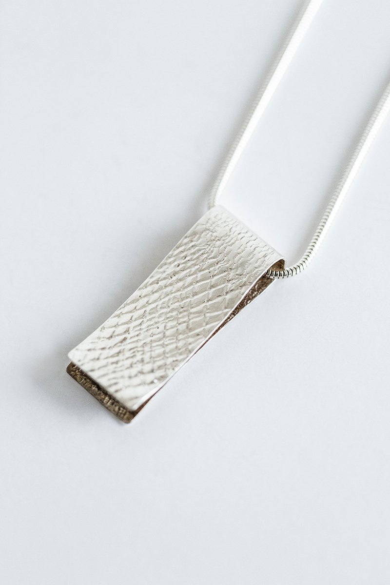 Lightly-Touching-the-Land-Necklace-by-Jill-Alexander-Contemporary-Jewellery-38-800_2048x.jpg