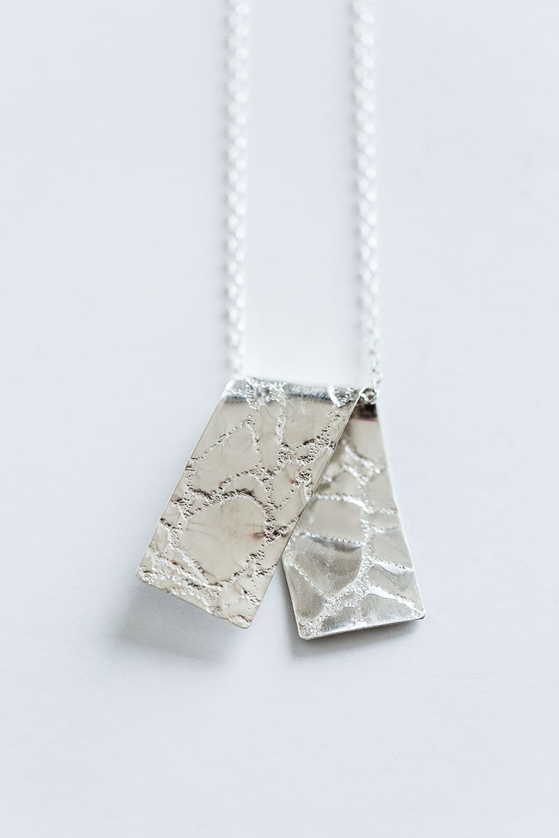 Gently-Folded-Necklace-by-Jill-Alexander-Contemporary-Jewellery-55-800_2048x.jpg