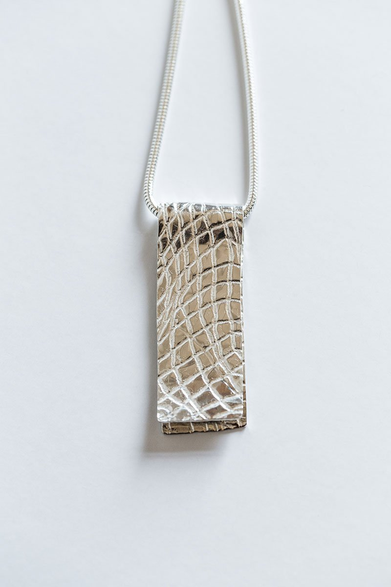 Textured-Sand-Necklace-by-Jill-Alexander-Contemporary-Jewellery---1---800_2048x.jpg