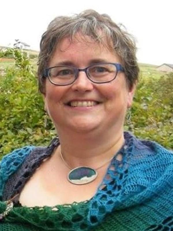 Julia - Shetland