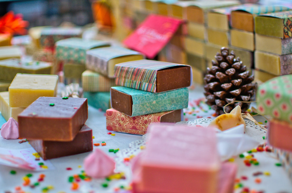 LUSH TO OPEN FIRST PLASTIC PACKAGING-FREE STORE IN UK -