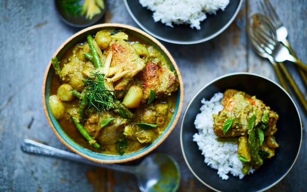 Farang_SMOKED_CHICKEN_GREEN_CURRY.jpg