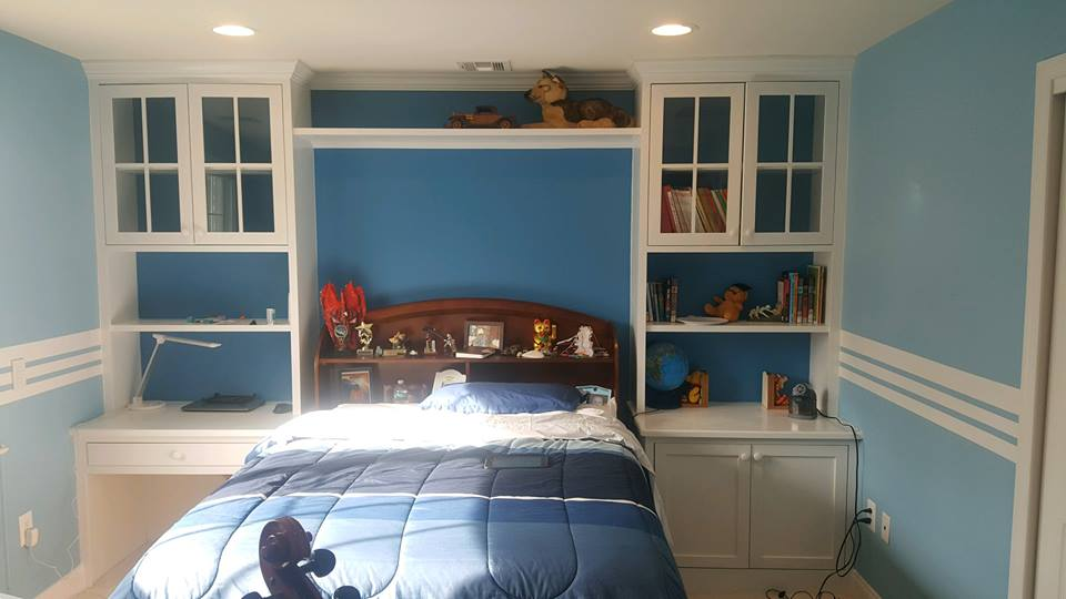 bedroom picture blue.jpg