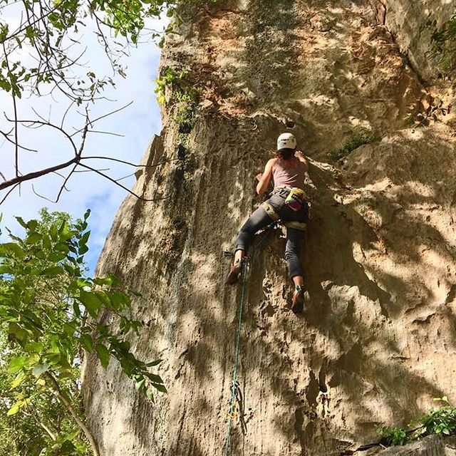 """The opening line of Cuba Climbing sites a quote from author Jonny Miles, """"Climbing in Cuba isn't like climbing in any other place. Climbing in Cuba is as much about Cuba as it is about climbing."""" We couldn't agree more. Read about Verde's own Becca Katz's trip #climbing in #cuba with her trusty @metoliusclimbing gear. Tap 👉 @verdebrandcommunications and follow the link in bio. #cubaclimbing #climbcuba #climbing #verdevoice #verdeans"""