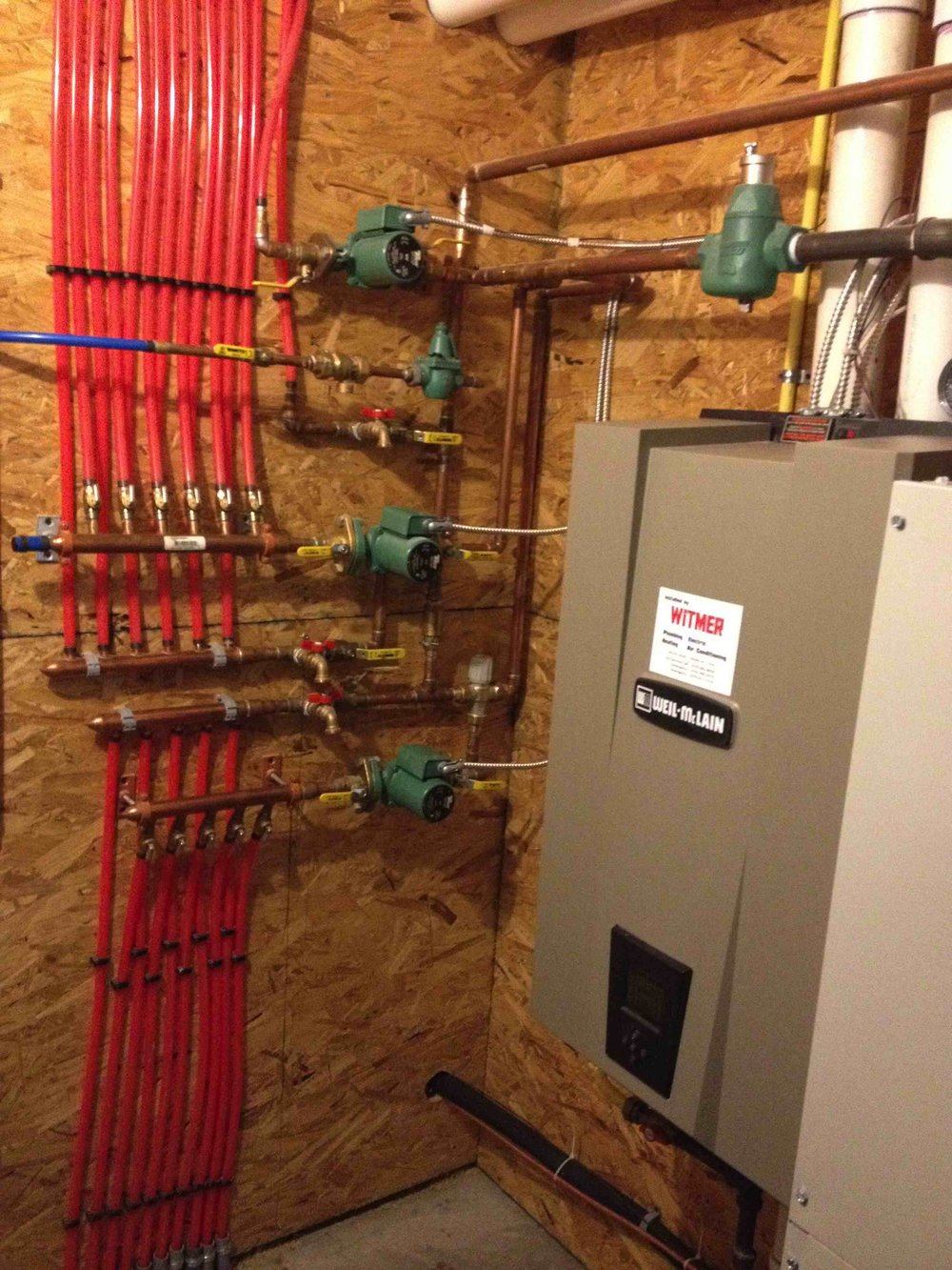 High Efficiency Gas Boiler w/ Radiant Heat Manifold