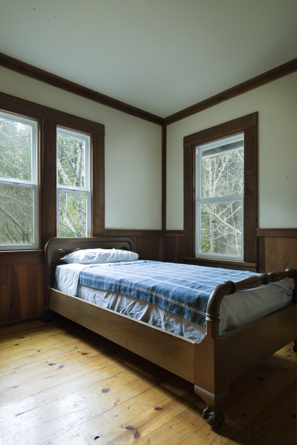 second bedroom in a home for sale in Philo, CA