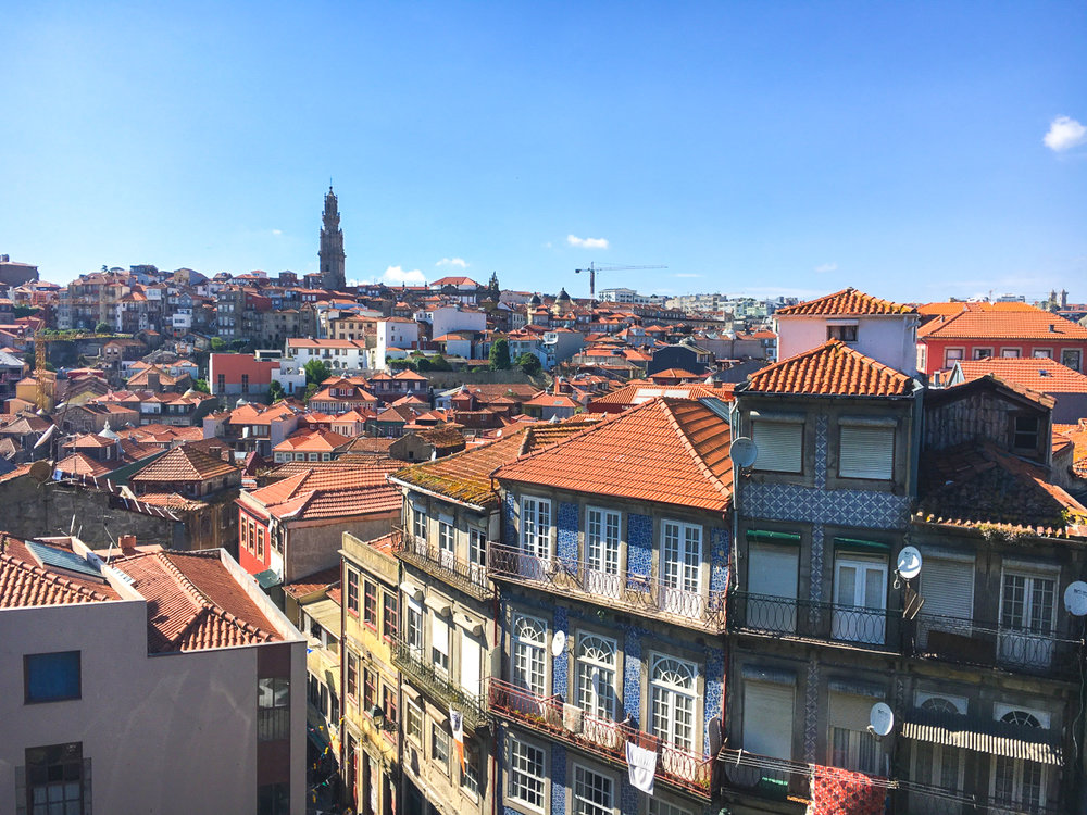 walking-tour-porto-portugal-highres.jpg