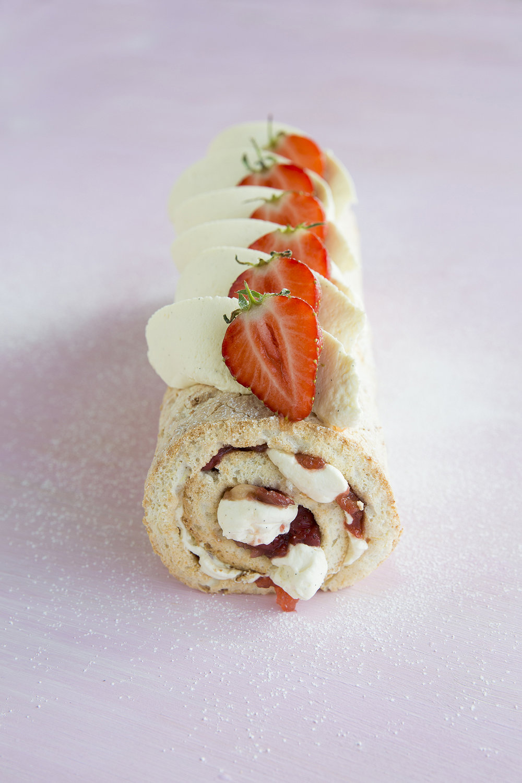 Rhubarb_Strawberry_Roulade.jpg