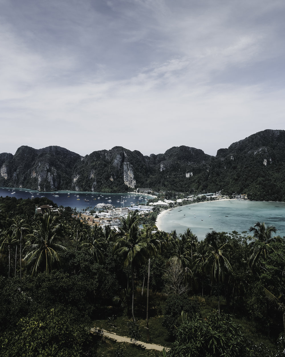 Phi phi islands - Thailand - Mads Nordsveen photography