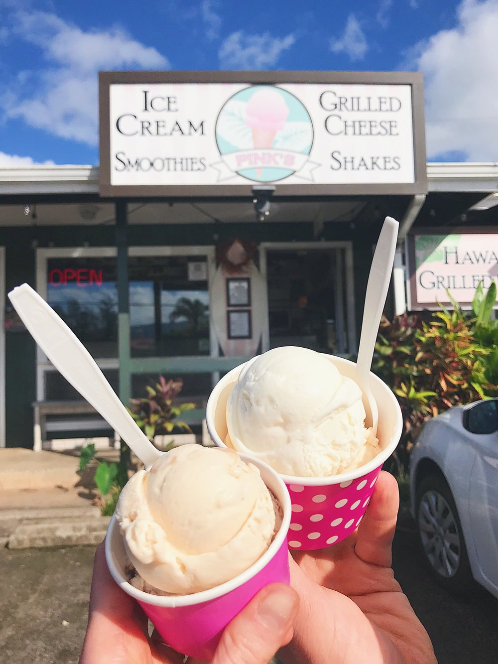 Pink's Ice Cream - A cute little ice cream shop up north in Hanalei. They have amazing flavours! I recommend the Banana Mac-Nut Brittle & the Haupia (coconut custard.) The Chocolate Chip Ripple is also very good but I feel like you can find ice cream similar to this flavour at lots of places where as the first two are so unique! I chose to get dairy ice cream however they do have vegan flavours here!